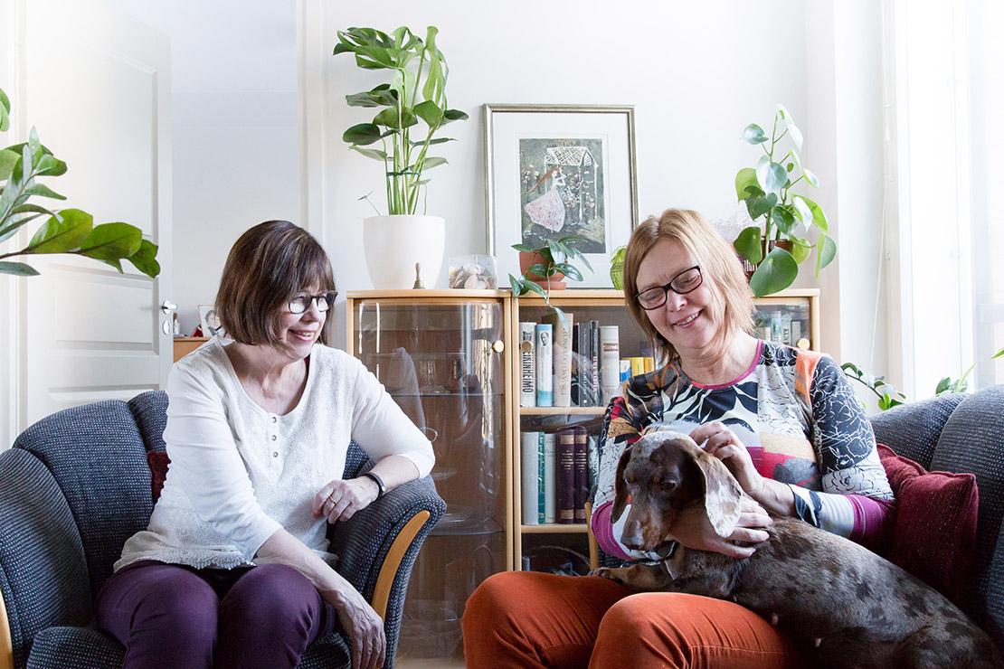 Maarit Fred (vas.), Tarja Muukkonen ja Penni